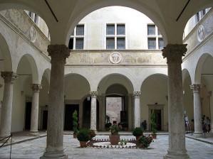 Палаццо Пикколомини