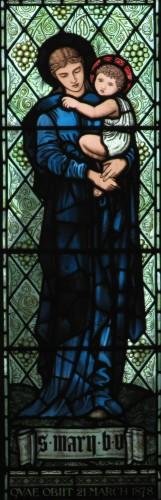 """«Моррис энд ко», Э.К. Берн-Джонс - """"Мадонна с младенцем"""", витраж в часовне королевского госпиталя в Чиддле, 1866-1895"""