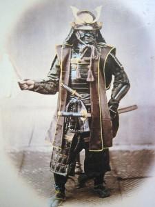 Самурай в полном боевом облачении, фото ок. 1860 г.