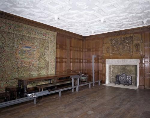 Интерьер жилого дома Англии середины XVI века
