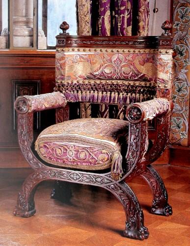Гардеробная - кресло