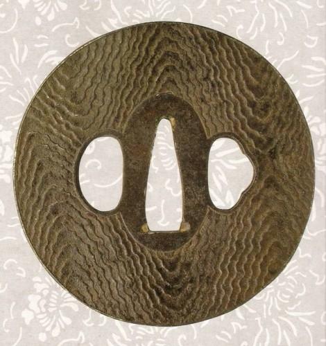 Цуба, имитирующая спил дерева