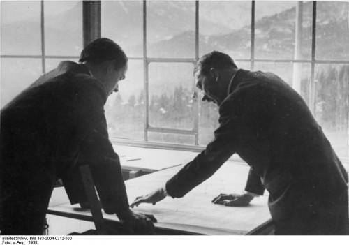 Альберт Шпеер и Адольф Гитлер, 1938