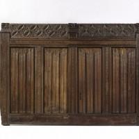Любимый орнамент «льняные складки», которым украшали в средневековье практически все.